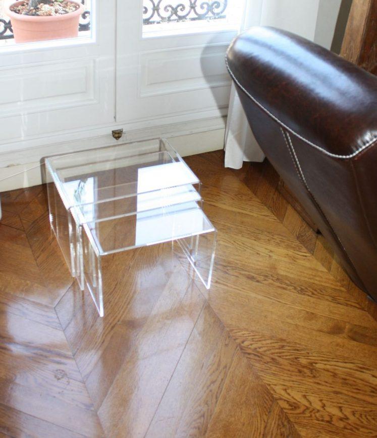 tables gigogne incolore