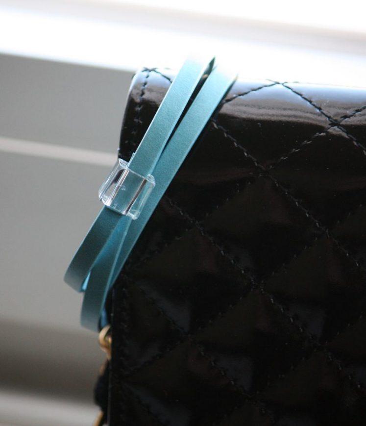 lacet cuir bleu clair