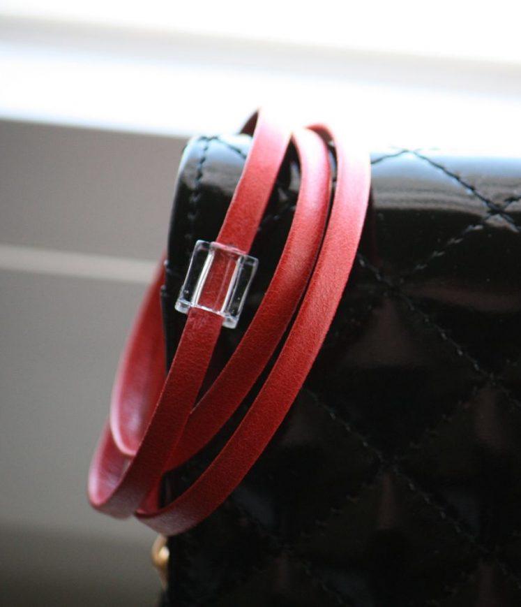 lacet cuir rouge