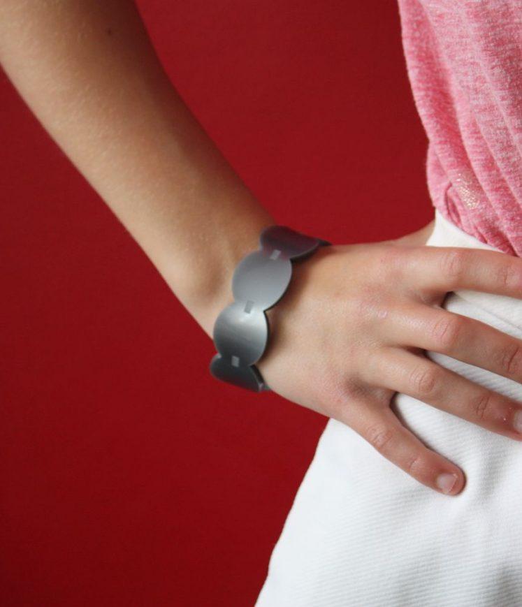 bracelet vague gris