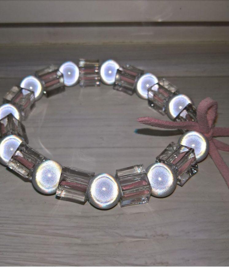 bracelet perles et cuir rose
