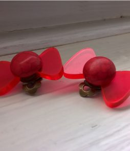 clips noeud rouge